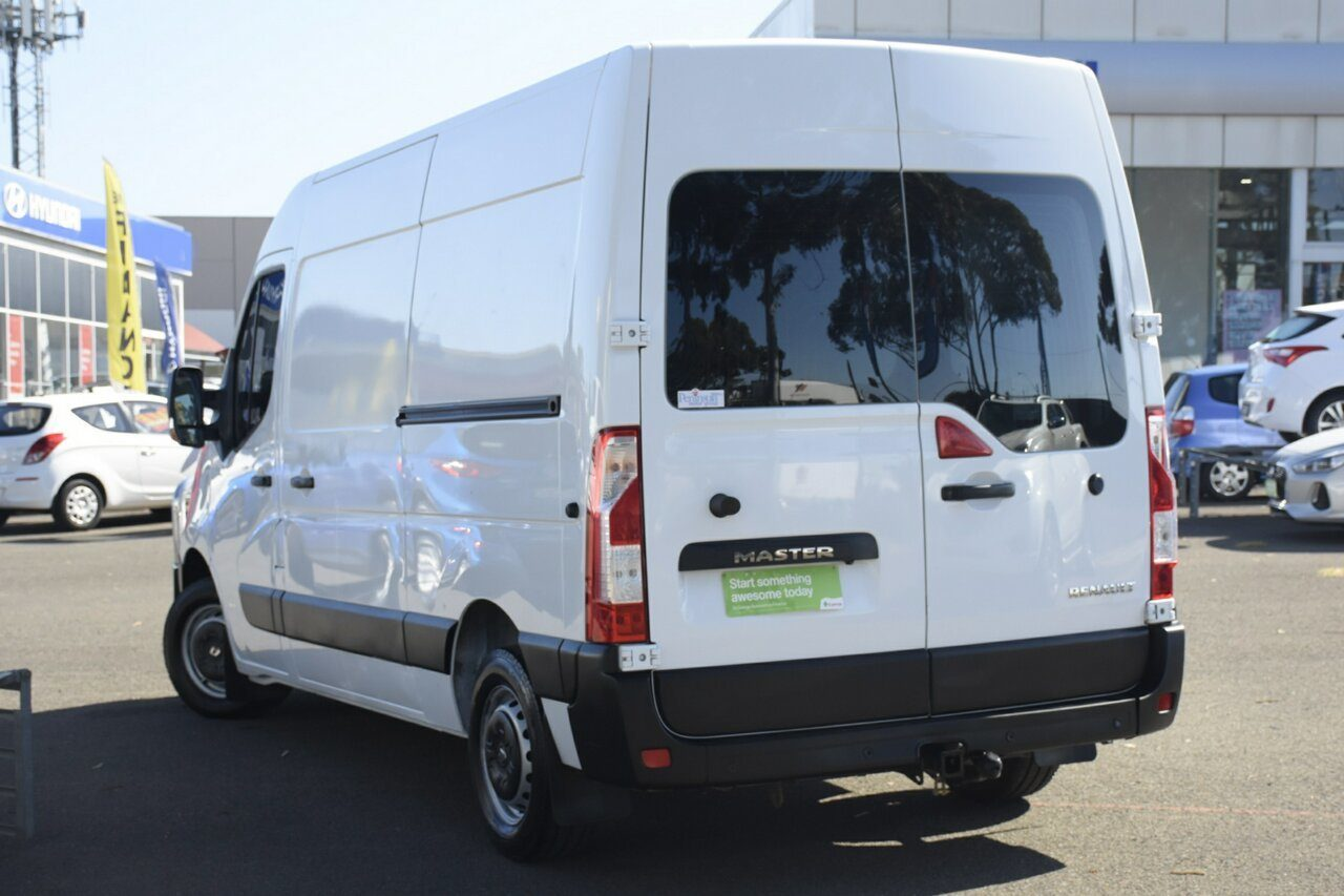 2018 Renault Master Mid Roof MWB AMT X62