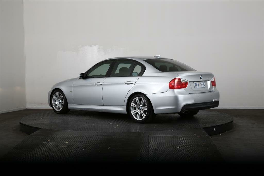 2007 BMW 320i Executive E90 07 Upgrade