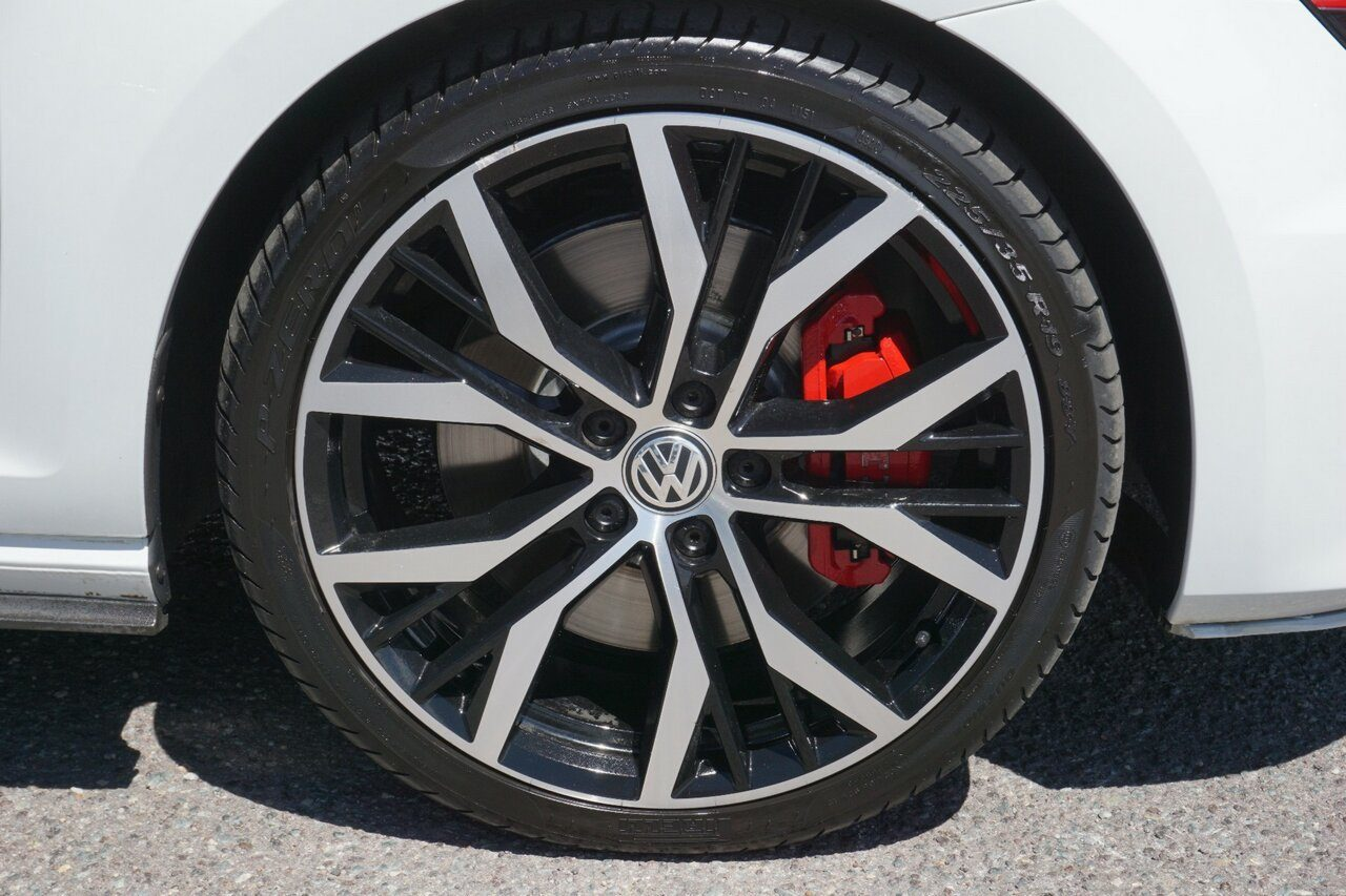 2016 Volkswagen Golf GTI DSG Performance VII MY16