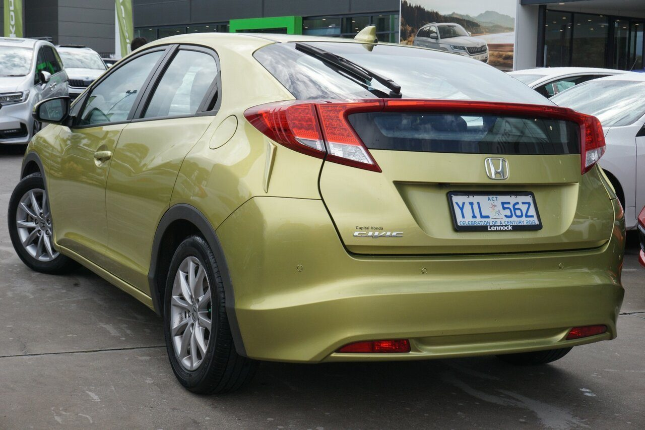 2013 Honda Civic VTi-S 9th Gen MY13