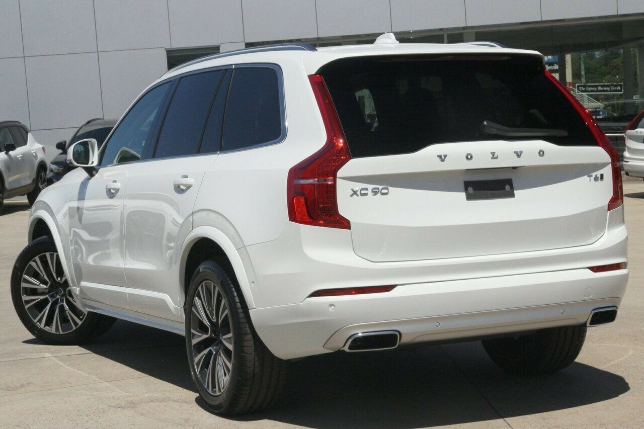 2020 Volvo XC90 T6 Geartronic AWD Momentum L Series MY21