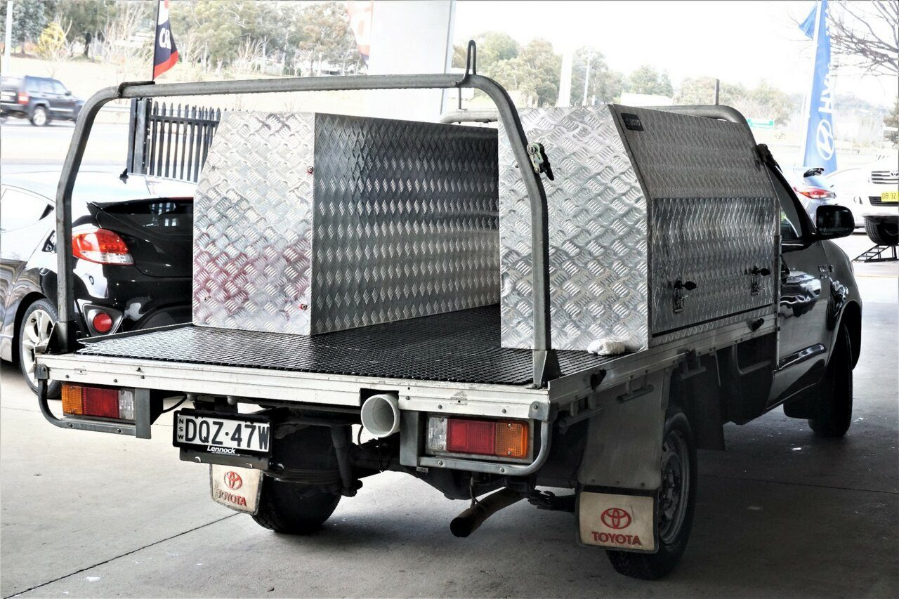 2010 Toyota Hilux Workmate 4x2 TGN16R MY10