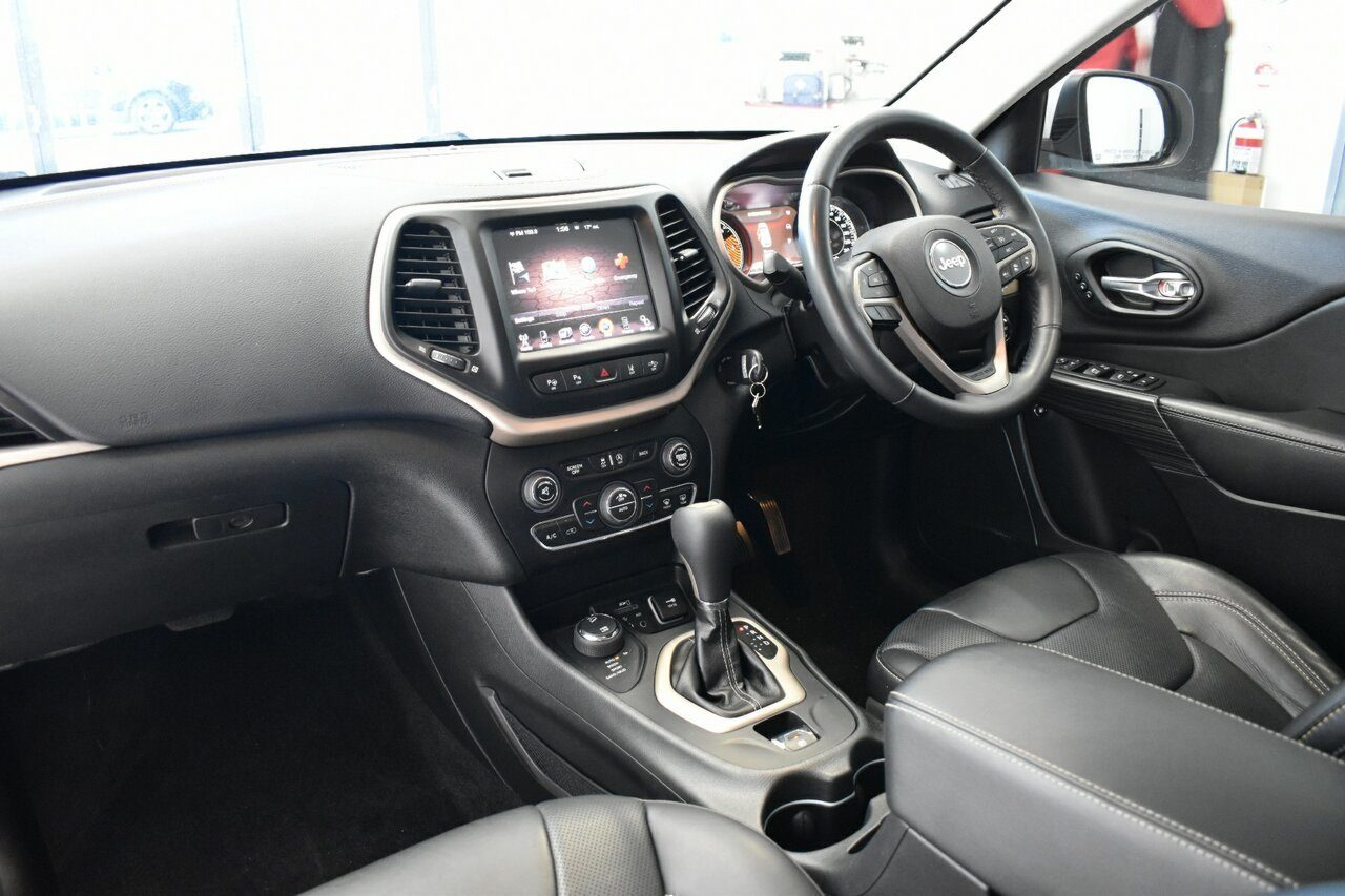 2014 Jeep Cherokee Limited KL MY15